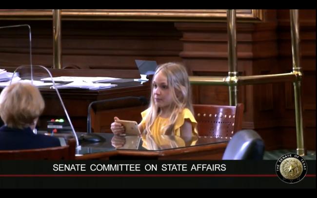 Watch: Sie ist gerade mal 10, aber liest den Abgeordneten bereits die Leviten...